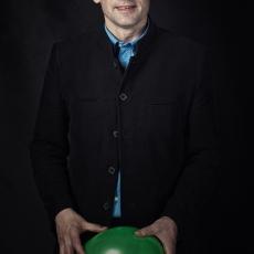 Un Ballon vert. Pierre